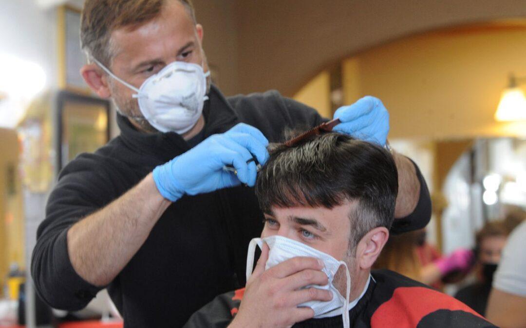 Las peluquerías de Reus en la nueva normalidad